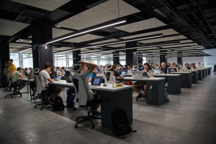 Jak zapewnić właściwą higienę w miejscu pracy?