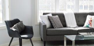 Szare krzesła z ekoskóry - gdzie się sprawdzą i jakie wybrać?